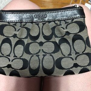 Coach wallet without strap